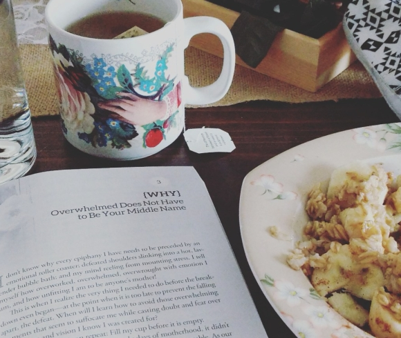 morning_tea_and_breakfast_with_book