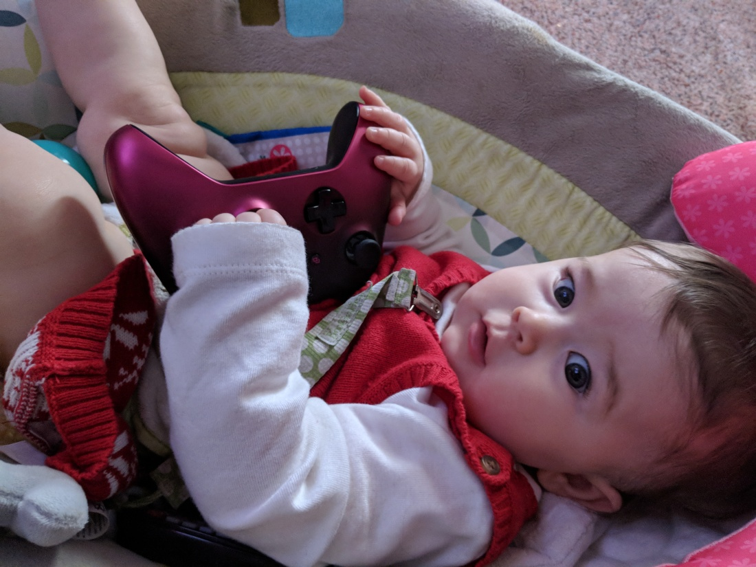 Videogames_with_baby
