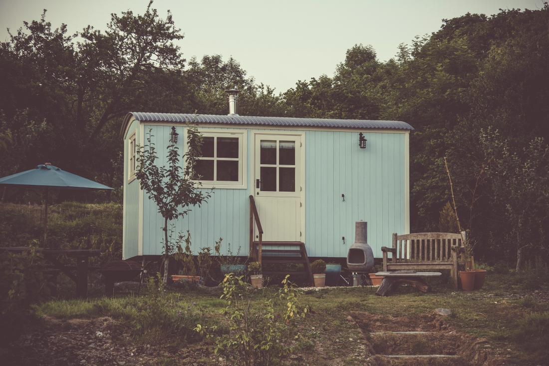 tiny-home-pexels-photo-723876