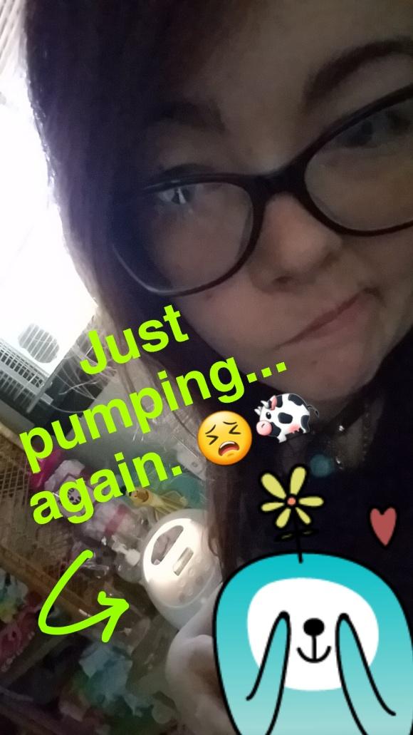 snapchat-breastfeeding-pumping-stories