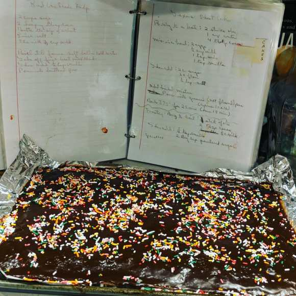 texas-sheet-cake-grandmas-recipe-old-school